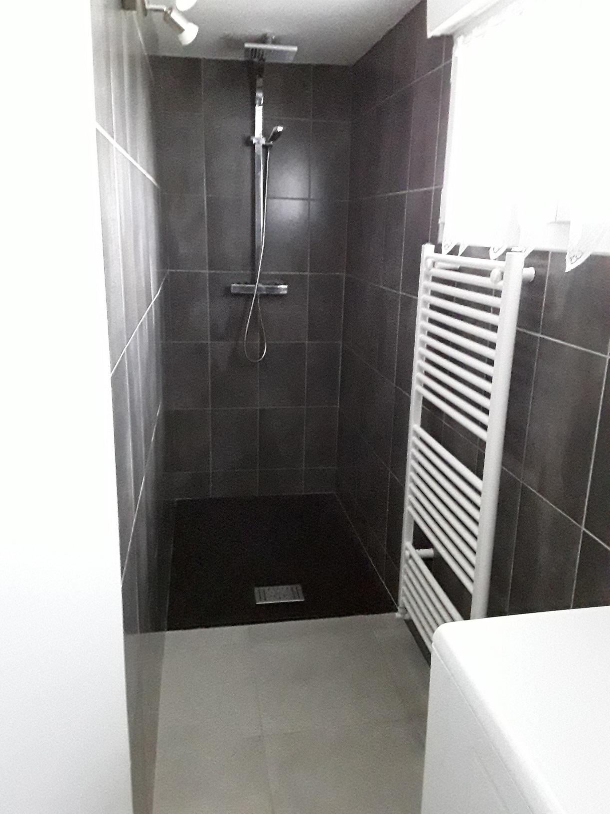 douche à l`italienne